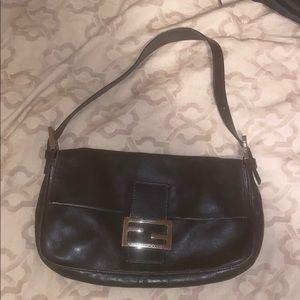 Fendi Black leather shoulder bag!!